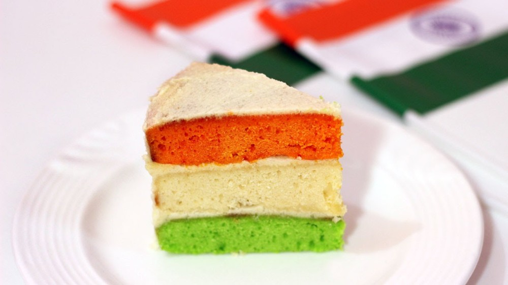 Tri-Color-Cake