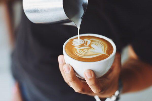 Coffee-staining-teeth